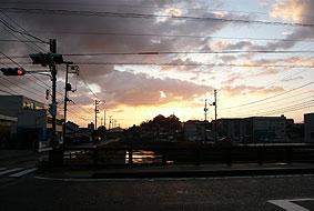 宍道湖への道