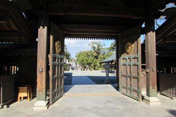 写真③辺津宮神門からの眺め