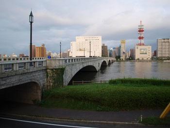 file1 萬代橋