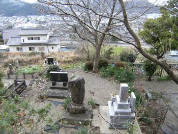 写真 淵上毛錢の墓所からの眺め