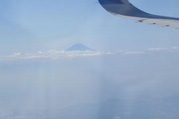 機内から見えた富士山