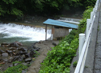 写真③花敷温泉近隣の露天風呂