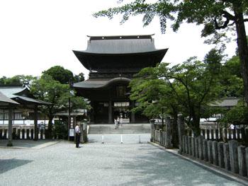 写真④壊れる前の阿蘇神社